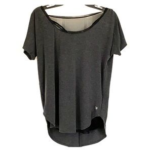 Gap Fit workout tee size small open back mesh